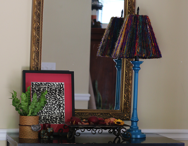 lamp makeover & entryway decor
