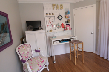 Before & After: A Colorful Craft Room